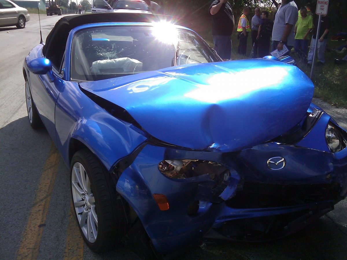 What to Do And What Not to Do When a Car Accident Happens